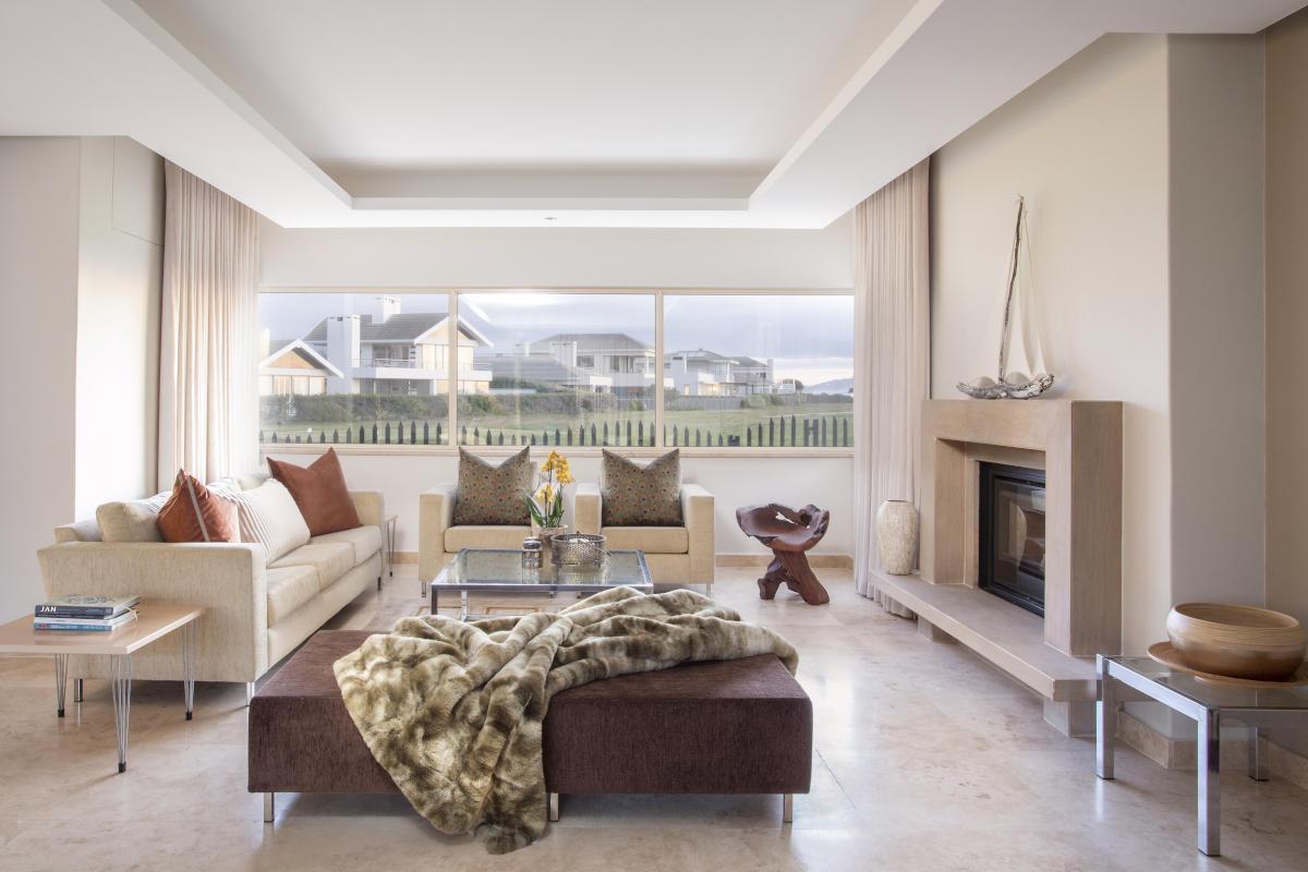Sunset Links Gold Estate Lounge Onnah Design