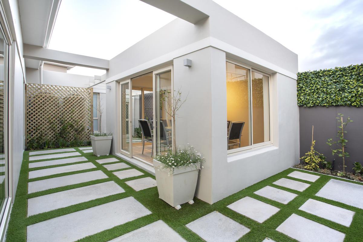 Sunset Links Gold Estate outside room Onnah Design