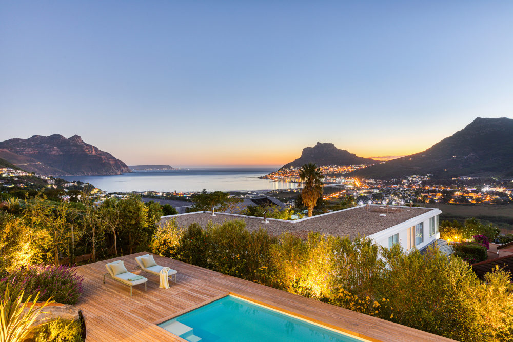 Beautiful backyard hout bay boundary